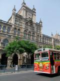 Bus Passing Sir Cowasjee Jehangir Building Mumbai.jpg