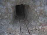 mine shaftsm.JPG