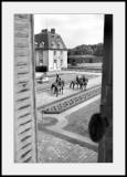 Chateau de BreteuilPar la fenêtre