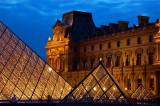 Louvre blue hour 4
