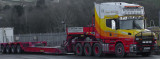 Low loader lorry