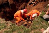 Milford Gas Line Repair Aug, 30, 2006