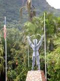 Zonm Lib monument