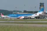 BMI  Airbus A330-200  G-WWBB