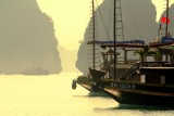 Ha Long Bay ships