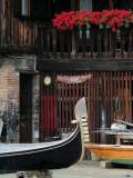 Venise- chantier de gondoles -1160366.jpg
