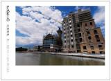 Along Canal de l'Ourcq 9