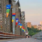 On The Alexandra Bridge 16072