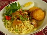 Mie Kuah Soto Ayam