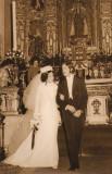 Tita y yo saliendo de nuestra boda en el Convento del Carmen.