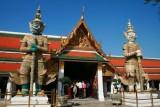 Statues at Grand Palace
