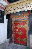 In the afternoon, I had the guide drop me back at Tashilhunpo