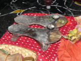 Sri PadukAs of Onnana swamy (PonnadikAl Jeeyar).jpg