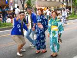 Festive folks on Hirokōji