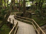 Raised path between Odano-ke and Kawarada-ke