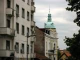 Architectural contrasts on Kralja Petra