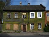 Sagging old house at Herne 25