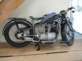 Pictures of the BMW R2