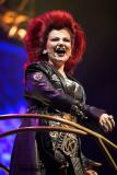 Szene It's a Kind of Magic mit Killer Queen (Brigitte Oelke)