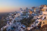 28563 - The town of Oia, Santorini