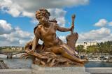 Pont Alexandre III statue