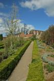 Leeds Castle Gardens.JPG
