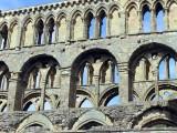 Jedbourgh Abbey -3 Sept 07.jpg