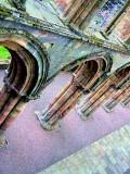 Jedbourgh Abbey -7 Sept 07.jpg