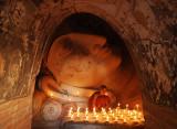 Shinbinthalyaung Reclining Buddha, Bagan (Dec 06)