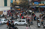 Traffic Chaos!!! Hanoi (Mar 07)
