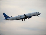 JetBlue Airways Embraer 190 (N190JB)