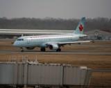 Air Canada Embraer 190 (C-FFYM)