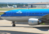 KLM - Royal Dutch Airlines Airbus A330-203 (PH-AOH)