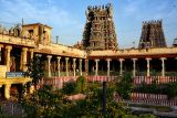 Meenakshi Temple at the break of the day