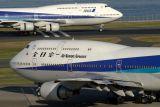 ANA 747 AIRCRAFT HND RF IMG_7681.jpg