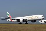 EMIRATES BOEING 777 300 SYD RF IMG_8009 .jpg