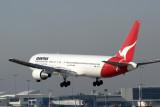 QANTAS BOEING 767 300 SYD RF IMG_8167 .jpg