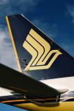 SINGAPORE AIRLINES BOEING 777 200 TAIL JNB RF 1872 3.jpg