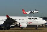 QANTAS AIRCRAFT SYD RF jpg
