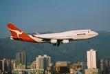 QANTAS BOEING 747 400 HKG RF.jpg