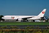 JAL BOEING 767 300 NGO RF 1586 8.jpg