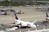 LUFTHANSA BOEING 747 400 MUC RF 1552 19.jpg
