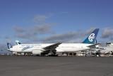 AIR NEW ZEALAND BOEING 777 200 AKL RF  IMG_0081.jpg