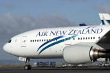 AIR NEW ZEALAND BOEING 777 200 AKL RF IMG_9086.jpg