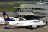 LUFTHANSA BOEING 737 300 DUS RF IMG_2318.jpg