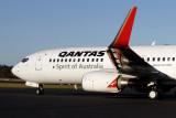 QANTAS BOEING 737 800 HBA RF IMG_0122.jpg