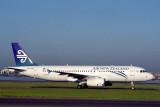 AIR NEW ZEALAND AIRBUS A320 SYD RF 1826.jpg