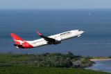QANTAS BOEING 737 800 CNS RF IMG_9498.jpg