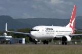 QANTAS BOEING 737 800 CNS RF IMG_9369.jpg