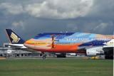 SINGAPORE AIRLINES BOEING 747 400 SIN RF 1413 20.jpg